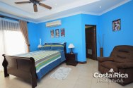 cr-holiday-rentals-11